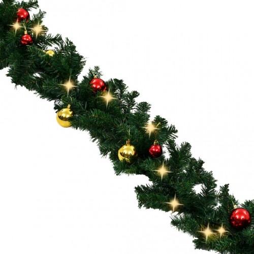 Коледен гирлянд, декориран с топки и LED лампички, 20 м